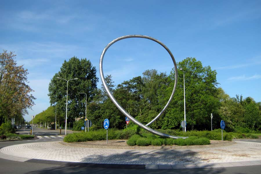 Site specific public sculpture on a roundabout in Heemskerk, Netherlands.